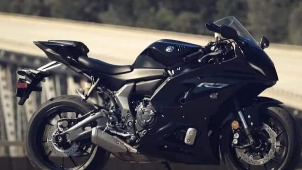 Yamaha R7 Reveal
