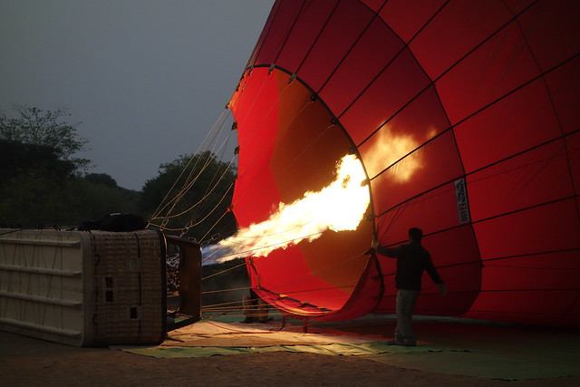 MYANMAR, Burma - Ballonfahrt über das historische Bagan, 78322