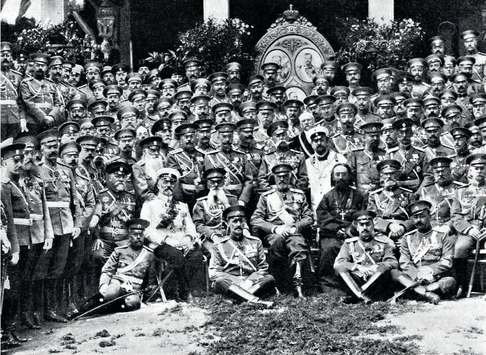 1912. Главнокомандующий великий князь Николай Николаевич на 100-летии штаба войск гвардии. 30 июня