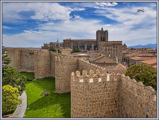 Catedral desde la muralla (Canon G5XM2)