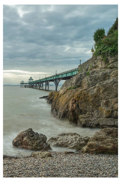 Cleavedon pier 2