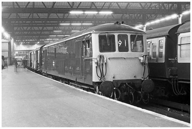 73107  Waterloo  28-08-81