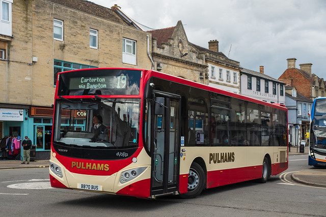 Pulham, Bourton-on-the-Water (GL) - BB70 BUS