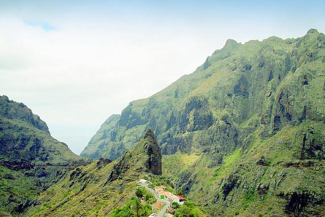 Espagne, les Canaries l'ile de Ténérif, la montagne bien verte