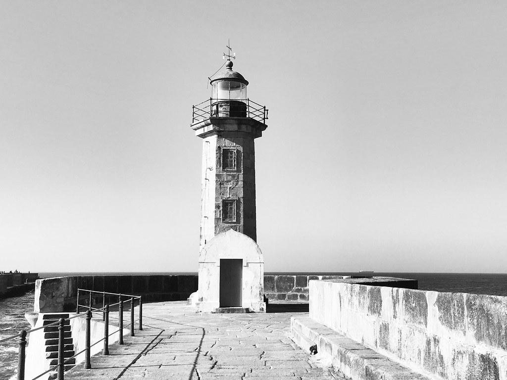 Lighthouse Felgueiras in Porto