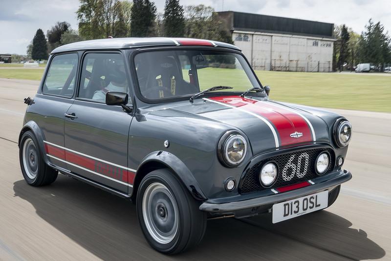 2021-david-brown-automotive-mini-remastered-oselli-edition-12