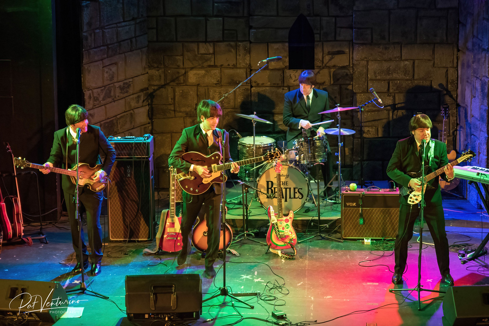 Re-Live The Beatles-The Tribute Band
