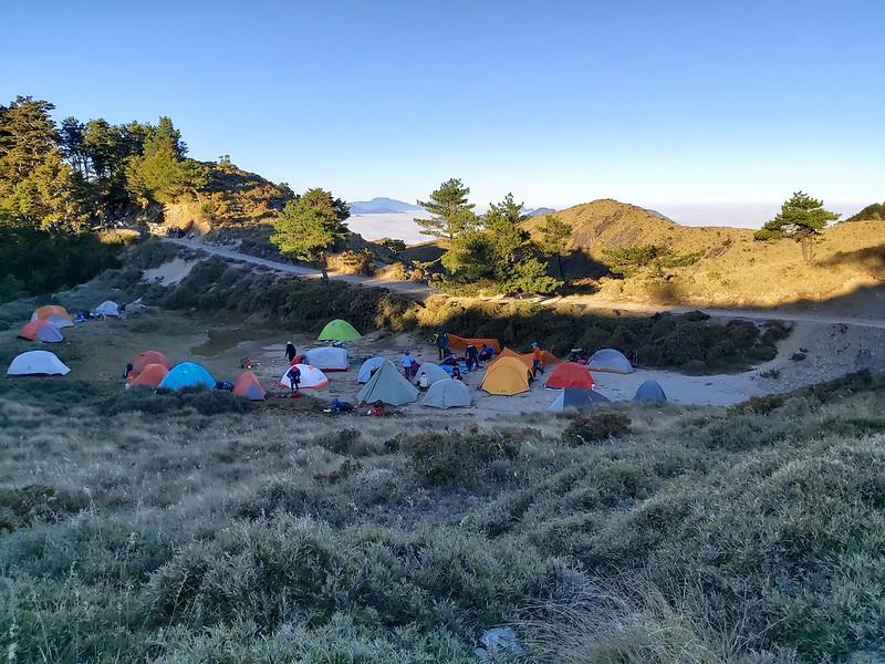 100 Peaks and 100 Km Hike: Mt. Liushun and Qicai Lake, Day 3