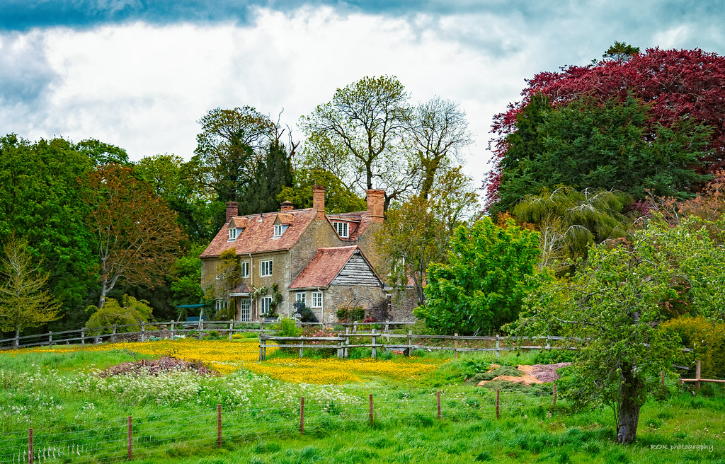 A classic English country house