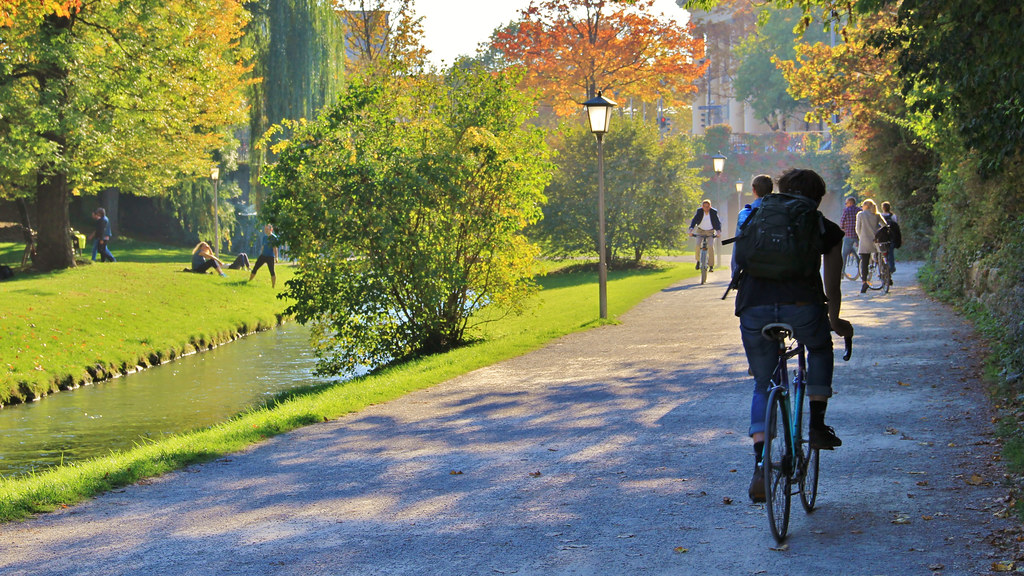 Image of people commuting by active travel - walking and cycling.
