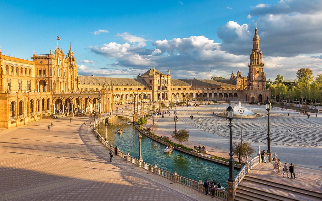 Explore 18 Mayo 21. Plaza de España. Sevilla.España