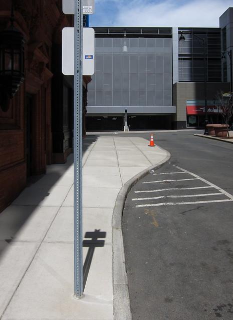 Gasseneinsamkeit / Sidestreet Solitude