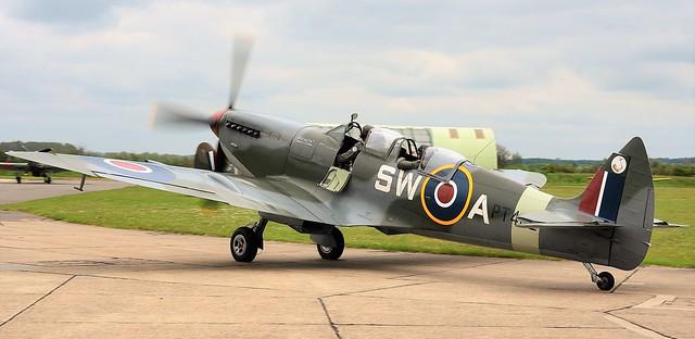 RAF Supermarine Spitfire HF MkIX PT462 G-CTIX SW-A 253 Squadron