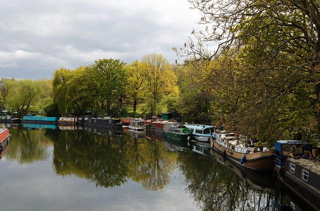 houseboats on the River Lea