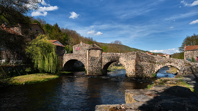 Pont médiéval de Saurier