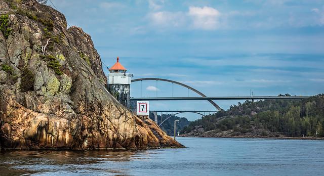 Norwegian lighthouse (explored)
