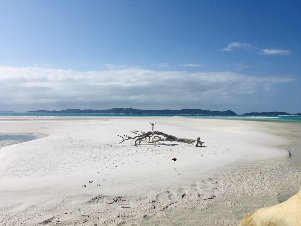 Whitehaven-Beach-Empty-AUS