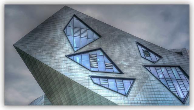 Window HWW