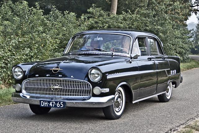 Opel Kapitän 1955* (8653)