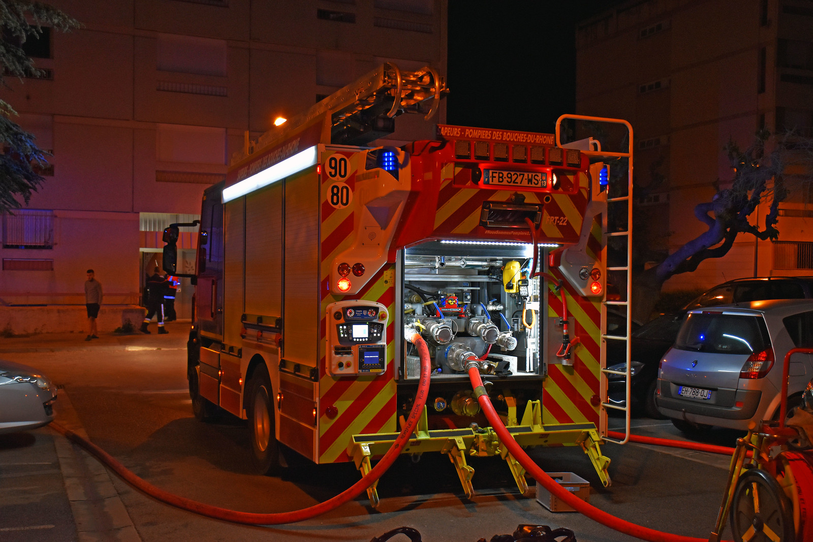 Opérations : feu d'appartement Salon-de-Provence