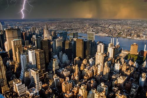 empirestatebuilding usa newyork nyc view skyscraper metropole manhattan film scan slide eastriver