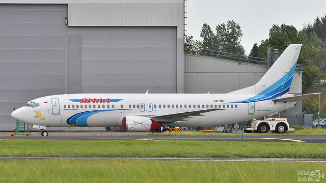 Yamal Airlines 🇷🇺 Boeing 737-400 VQ-BII