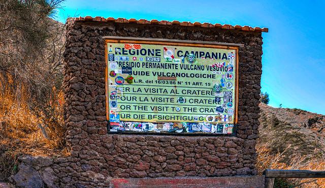 Sign to Mount Vesuvius