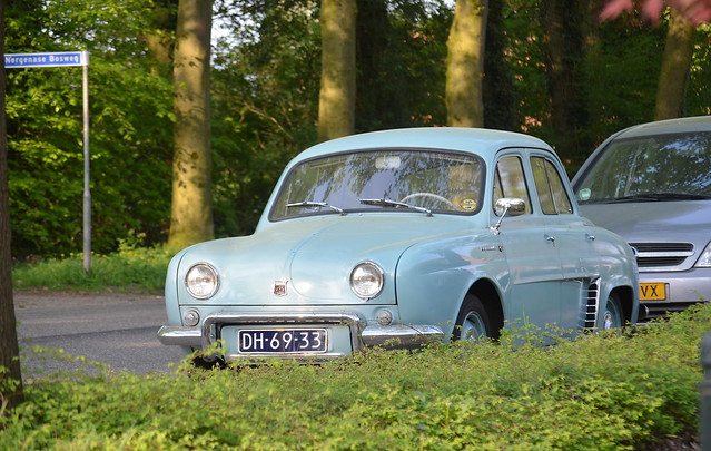 1962 Renault Dauphine DH-69-33