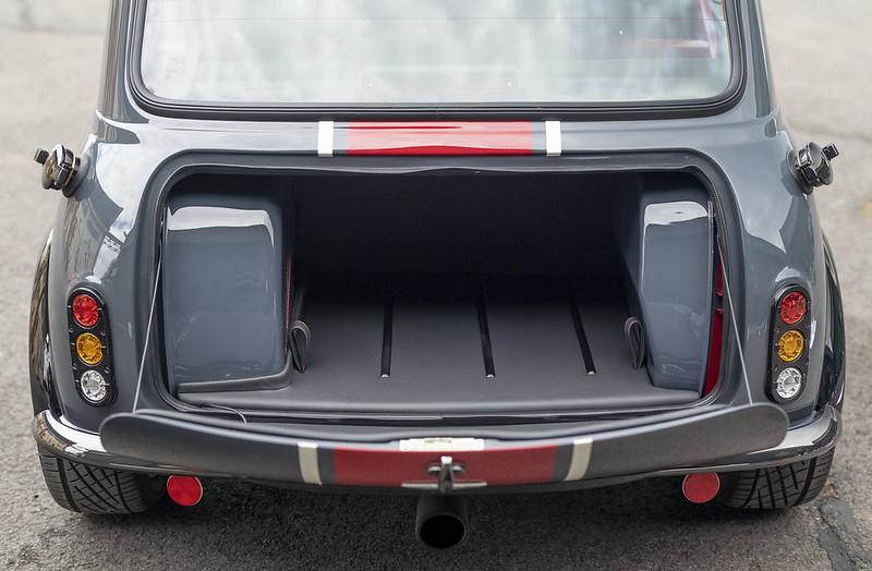 2021-david-brown-automotive-mini-remastered-oselli-edition-7