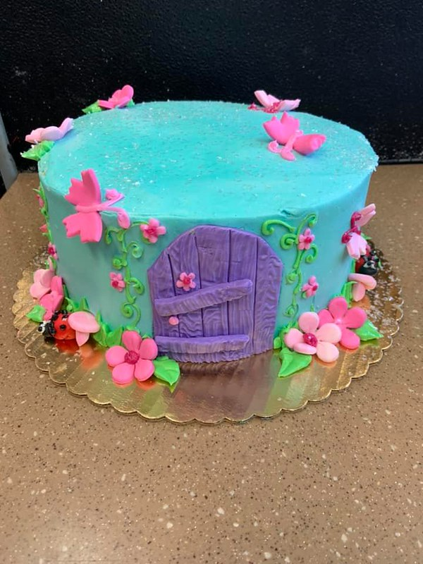 Cake by Piazza's Bakery