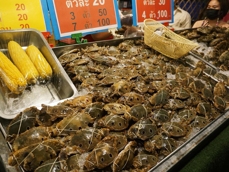 night market crabs
