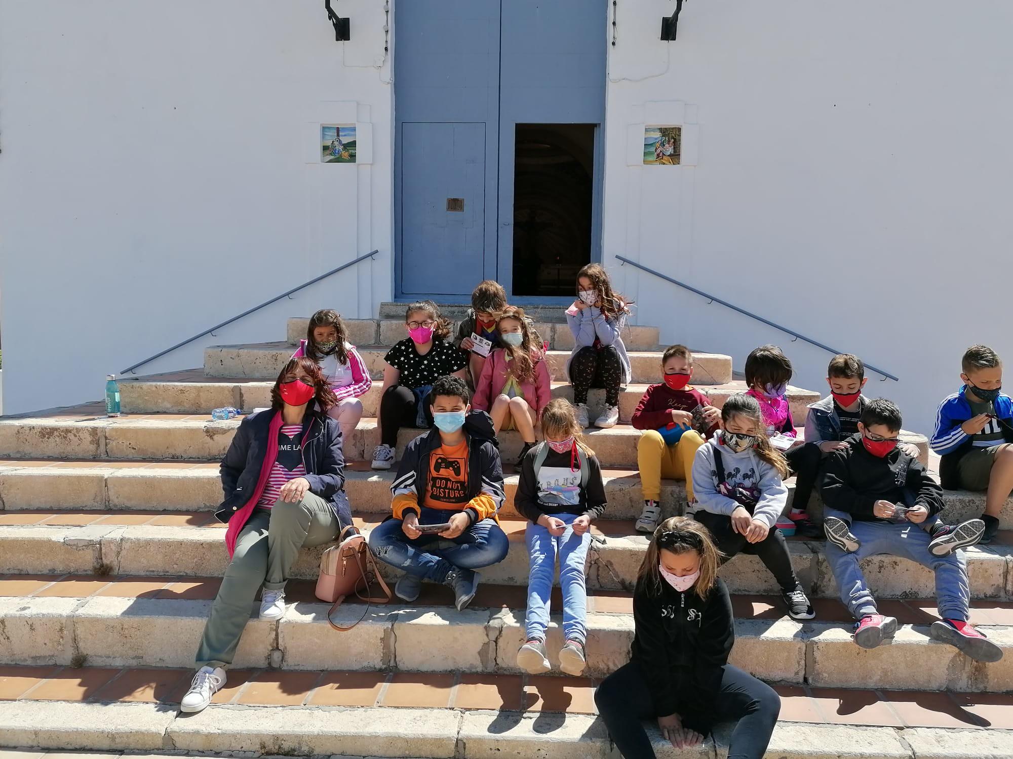 (2021-05-11) - Visita ermita alumnos Laura,3º C, Reina Sofia - Maria Isabel Berenquer Brotons - (02)