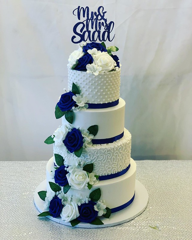 Cake by Crazy 4 Sweets