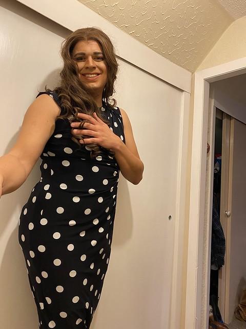 Polka dot dress pics 😍💕💋