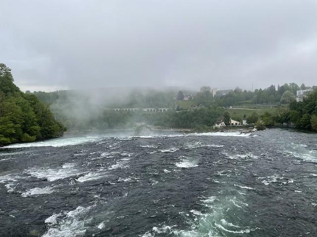 Joggend am Rheinfall