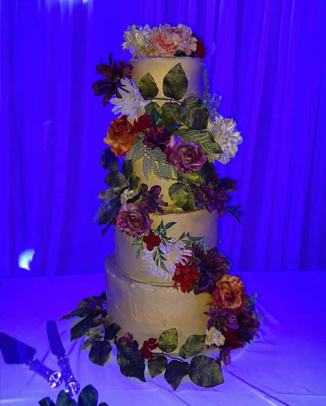 Cake by VABulous Cakes