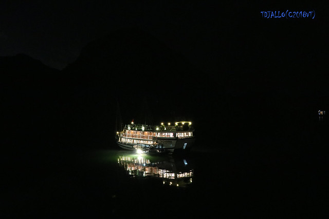 The last night in Halong Bay