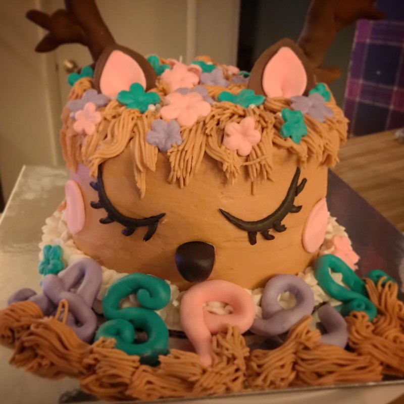 Cake by NayNay's Creations