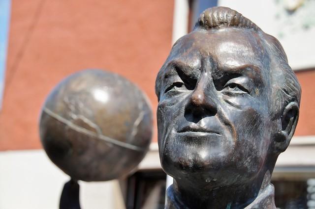 Willy Brandt, Skulptur in Unkel am Rhein