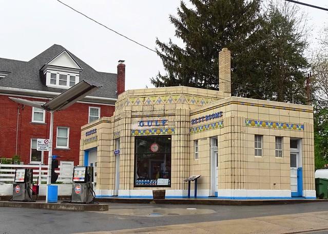PA, Bedford-U.S. 30(Old) Dunlke's Gulf Service Station