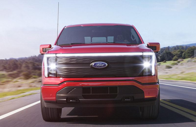 Ford-F-150-Lightning (12)