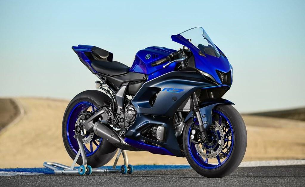 YZF-R7 Icon Blue
