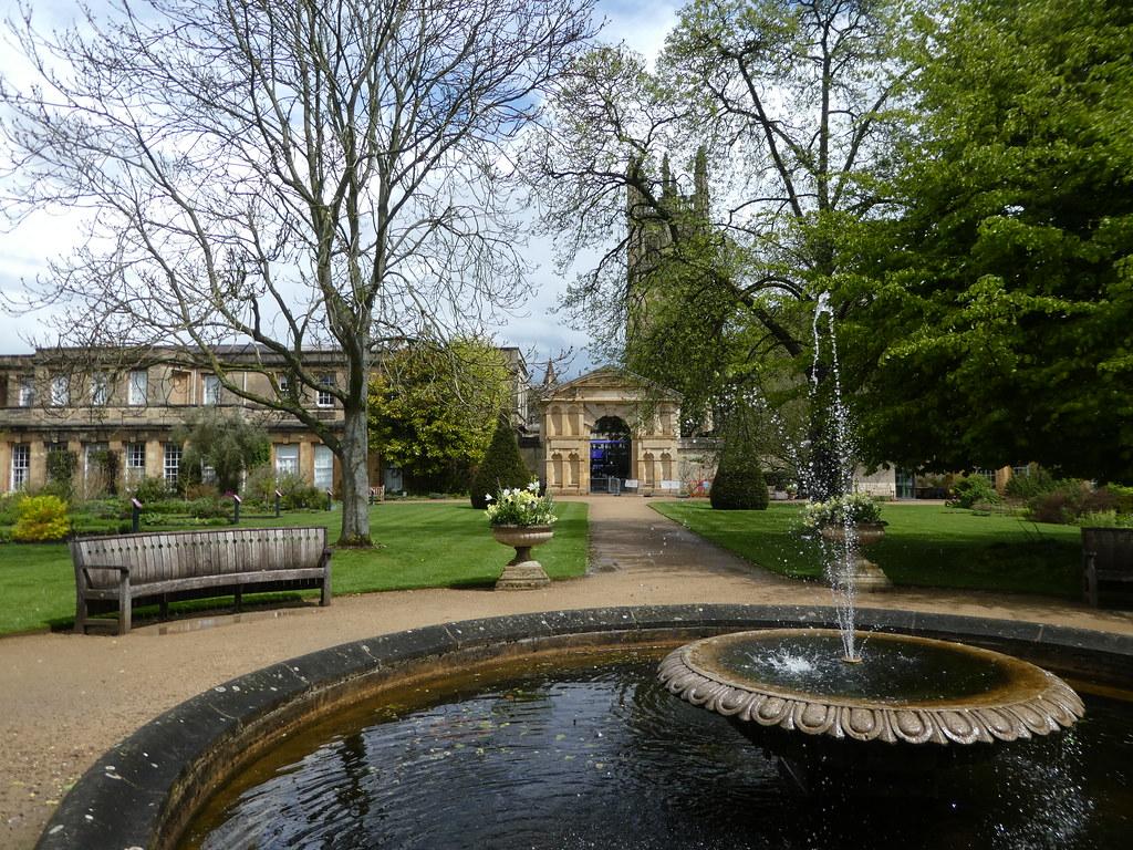 Ornamental Pond, Oxford Botanic Garden