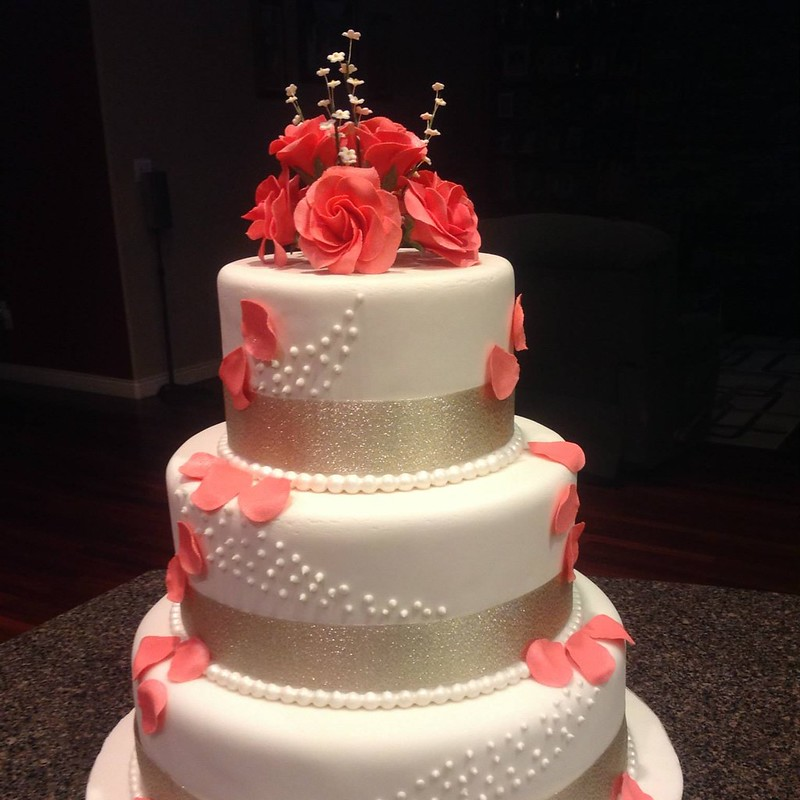 Cake by Sweet Dreams - Cakes & Desserts