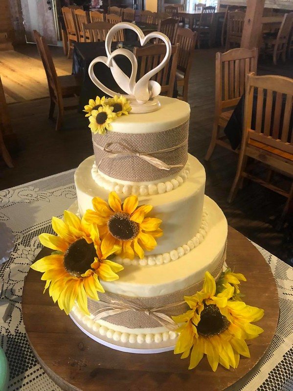 Cake by Alisha's Sweets & Treats