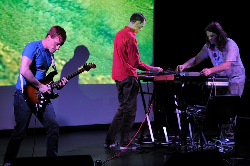 Emeralds (09.09.2011)