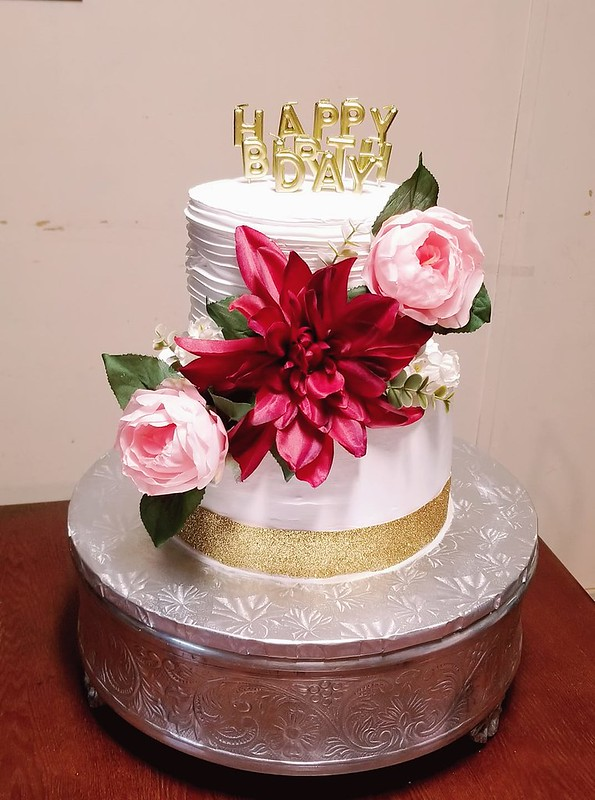 Cake by Pasteles y Postres Sandy