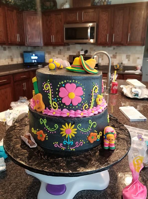 Cake by Marikin Cakes