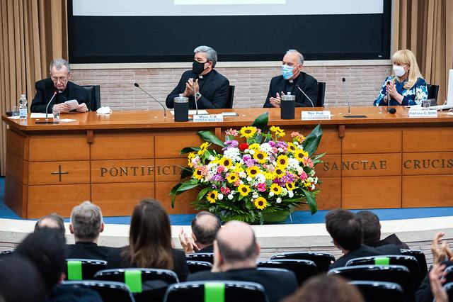 Atto accademico in onore del prof. mons. Joaquín Llobell