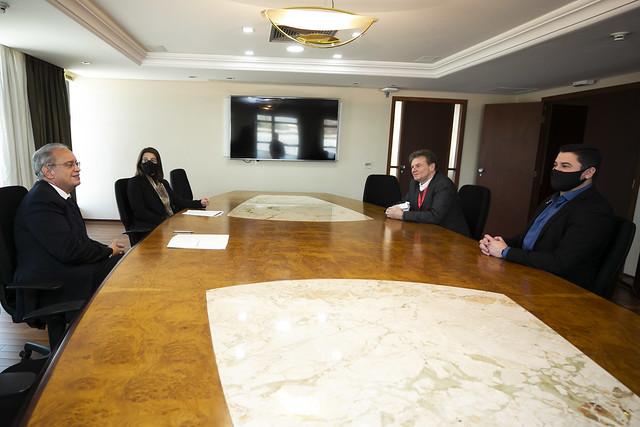Reunião sobre parceria com a Celepar